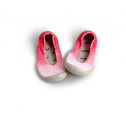 Collegien 渐变红浅口室内鞋